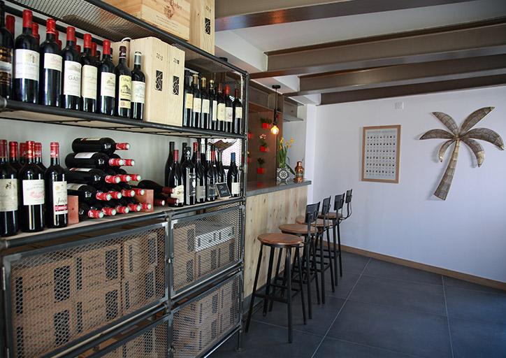 espace dégustations vins et champagnes Le Palmier